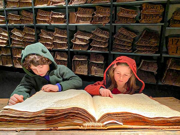 Cartastorie, un museo di documenti antichi che farà innamorare i bambini