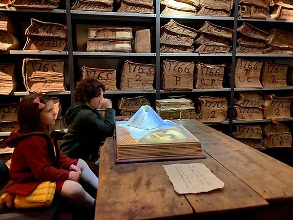 Cartastorie museo archivio banco di Napoli libro vesuvio