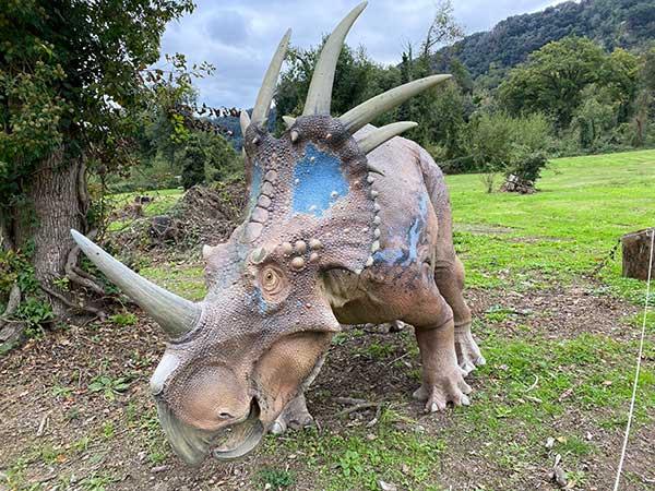 dinosauro ricostruzione fedele