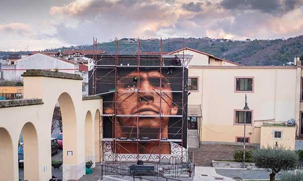 Murale maradona fatto da Jorit a Quarto