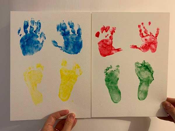impronte pittura man ie piedi bambini