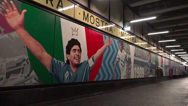 murale maradona stazione mostra