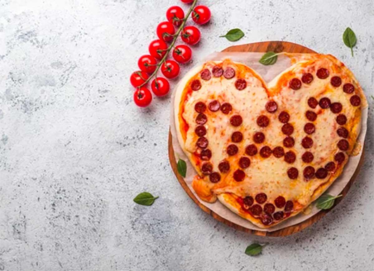 pizza con scritta Dad